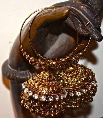 Jhumkas in gold and diamond