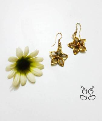 Gold - Flower Earring