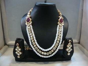 Design no. 8B.2188....Rs. 4750