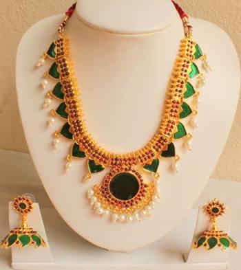 Beautiful Green Palakka Necklace Set