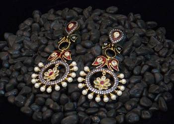 Classic victorian style colored stone earring