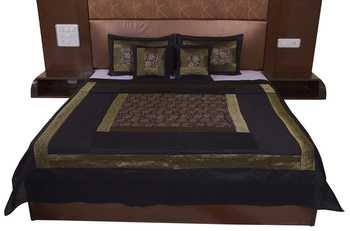Polysilk Hand Gold Print Bed Cover Set