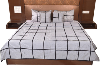 Polysilk Plain Checks Design Bed Cover Set