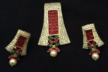 ruby pendent set