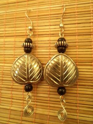 Antique Leaf Earrings2-Aliff Lilaa-02040