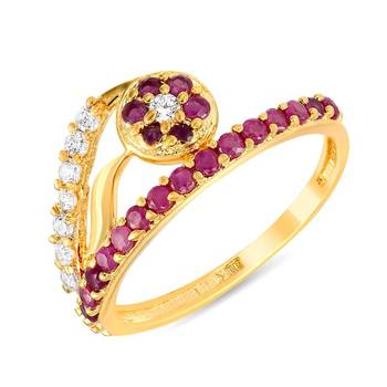 Mahi Cluster Sterling Fingerring With Ruby