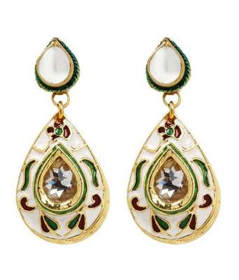 Aradhyaa Teardrop Kundan Earrings