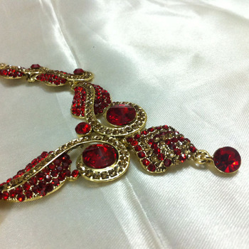 Red Diamond Like Fashion Jewelry Set