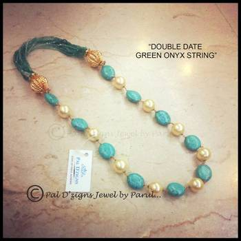 Double Date Onyx String
