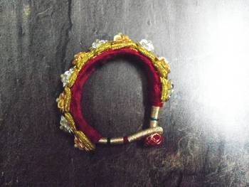 Signifying Jewellery Rajasthani Royal Kada in yellow white for women