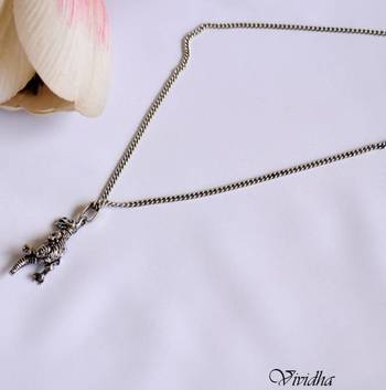 Long Chain Necklace with Pendent