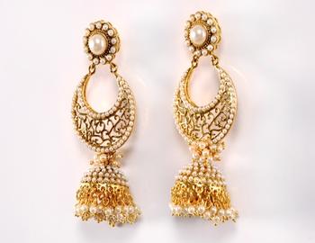 Golden Pearl Kadi Dull Earring