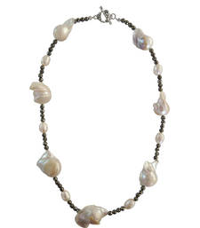 """Women'S Freashwater Pearl And Pyrite Beads 18"""" Necklace"""