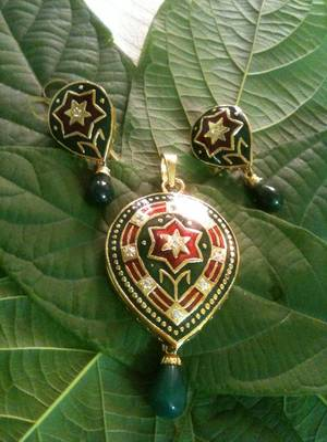 meenakari with americian diamond