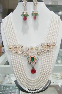 Pearl Set American Diamonds