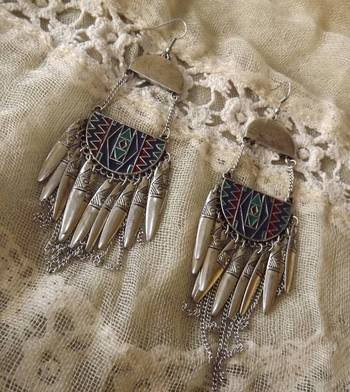 Ethnic Danglers in Silve