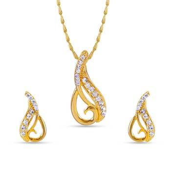 Mystic Gold Plated Australian Diamond Pendant With Chain