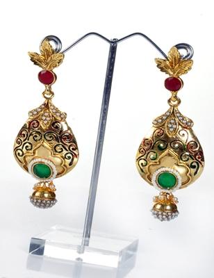 Gorgeous Look Designer Earring