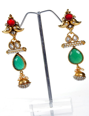 Elegant Leaf Shape Earring