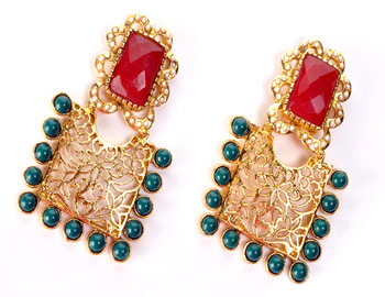 Traditional Square Shape Earring