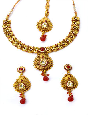 Traditional Maroon Necklace Set