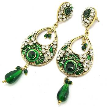 Victorian Leaf Dangler with Meena Touch Emerald Green