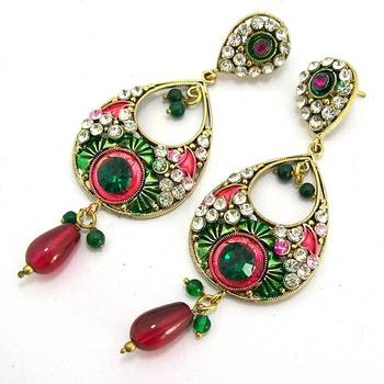 Victorian Leaf Dangler with Meena Touch Green Red