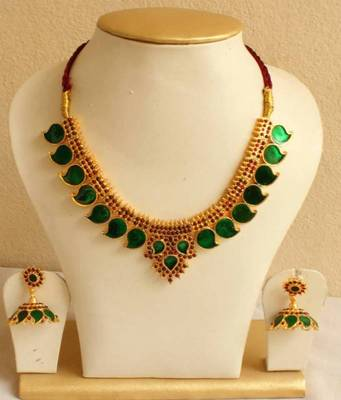 Beautiful Green Mango Palakka Necklace Set