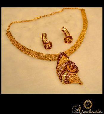 Antique Necklace Sets 3