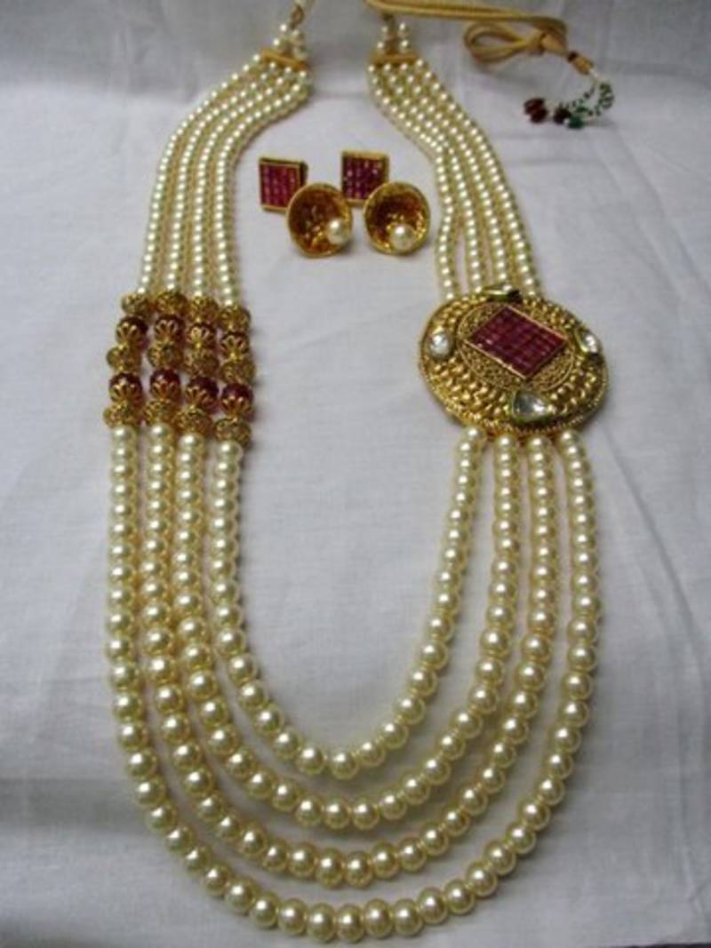4df9daf15 ... Red Stone   White Kundan With 4 Line Moti Mala Necklace set Fashion  Jewellery