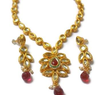 Kundan Meenakari Double Sided Necklace Set