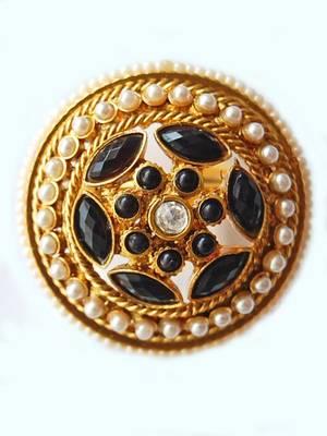Maayra Black and White Ethnic Wedding Ring