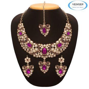 Vendee Purple Trend Necklace 7655