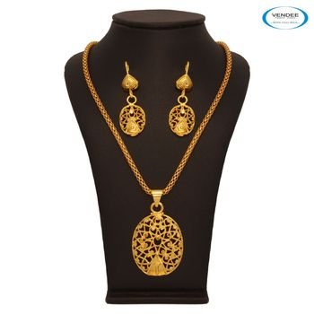 Vendee Charming Gold Pendant 7670