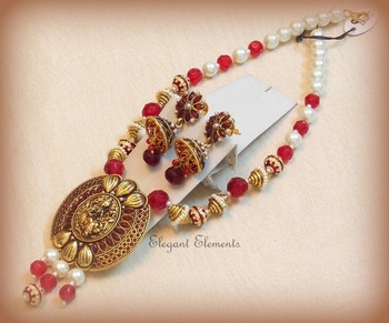 Classic and ethnic kundan colored stone necklace set
