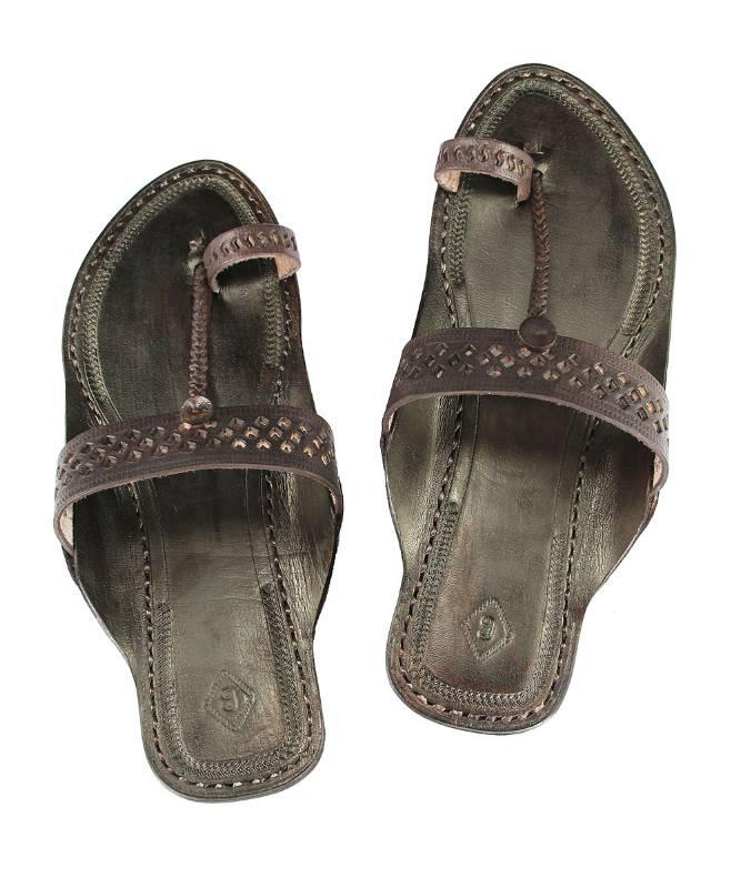 a91e2c259adc69 Buy eKolhapuri Awesome looking ladies flip flop handmade sandal Online