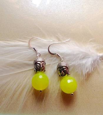 the buddha earrings-fluorescent green