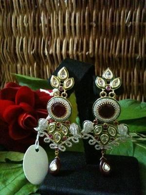 royal look earring