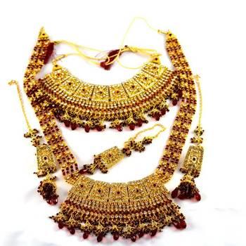 gold platted bridal necklace set with rani har mang tika earing