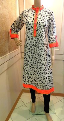 Chanderi Silk Kitten Paws Print Kurti -