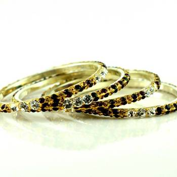 brass stone moti bangles size-2.4,2.6,2.8