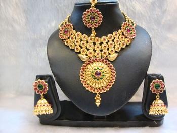Design no. 10B.2719....Rs. 8500