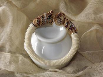 White Pearl Kada