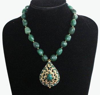 Green jadau Stones Necklace
