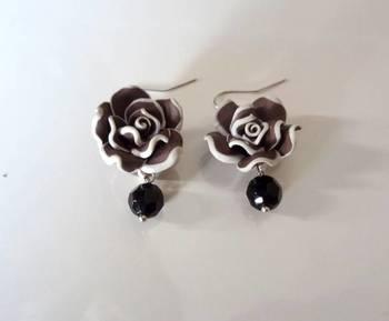 love for roses  brown n black