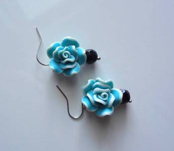 love for roses  sky blue n black