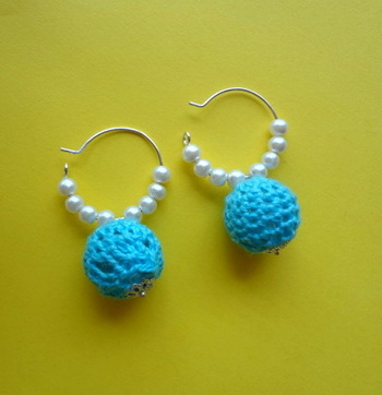 crochet pearl light blue