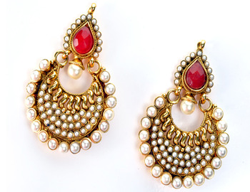 Traditional Round Shape Earring