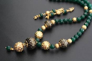 Black Enamel and Green Gemstone Necklace Set