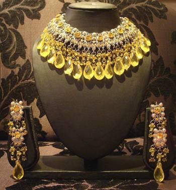 Yellow Gold Big Jhaalar Set